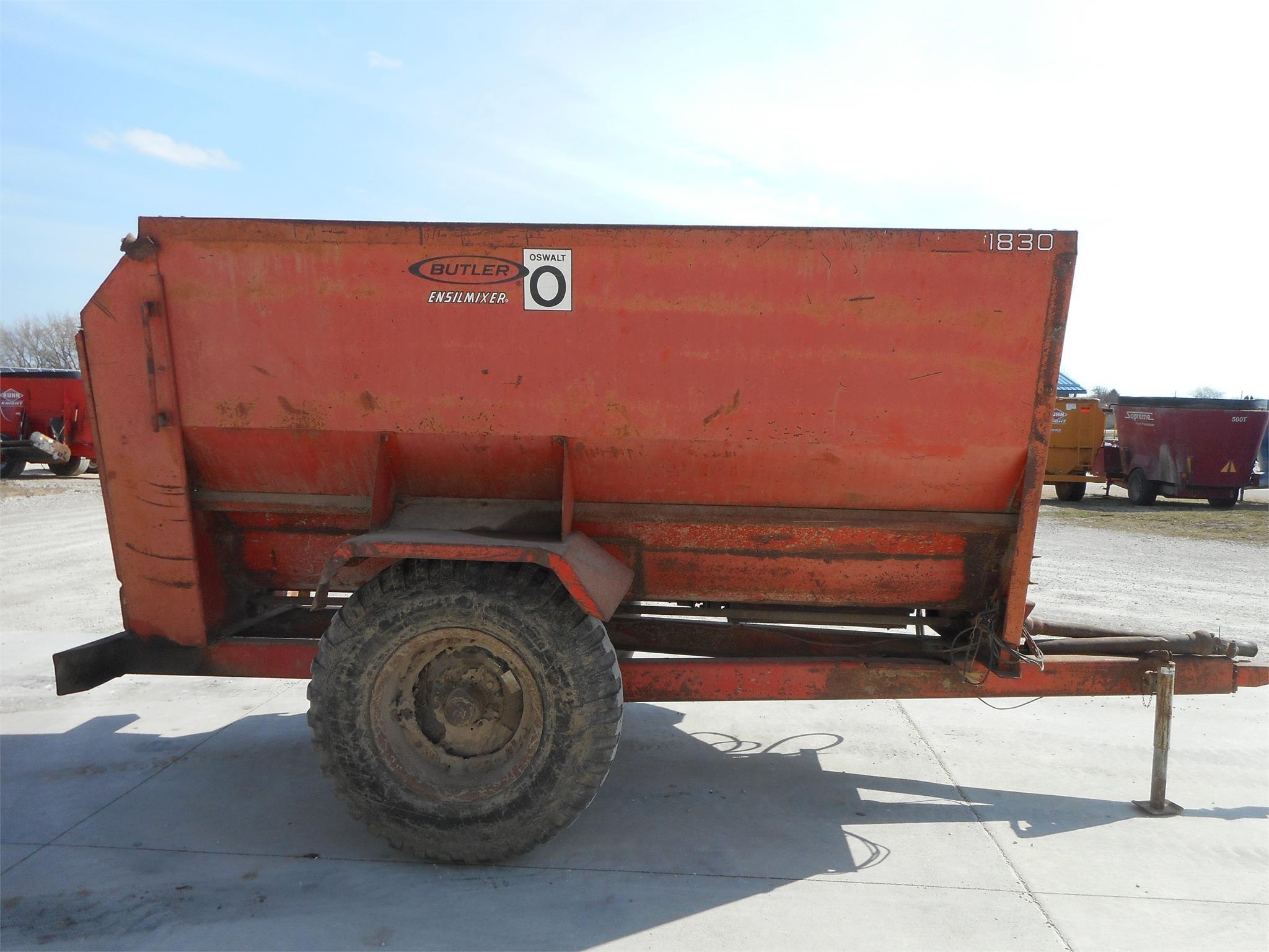 Oswalt 1830 Feed Wagon