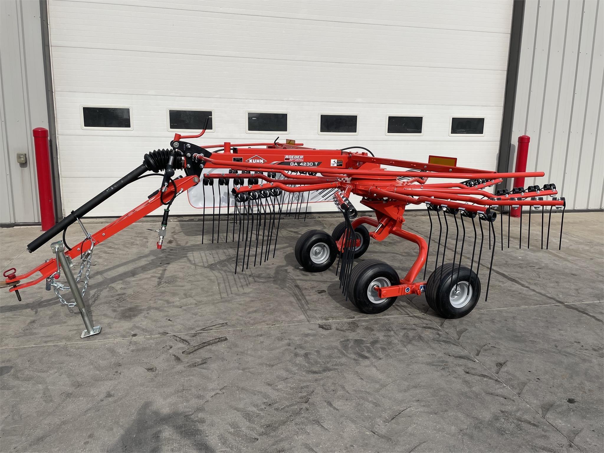 2021 Kuhn GA4230T Rake