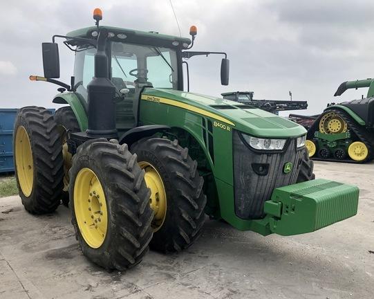 2019 John Deere 8400R Tractor