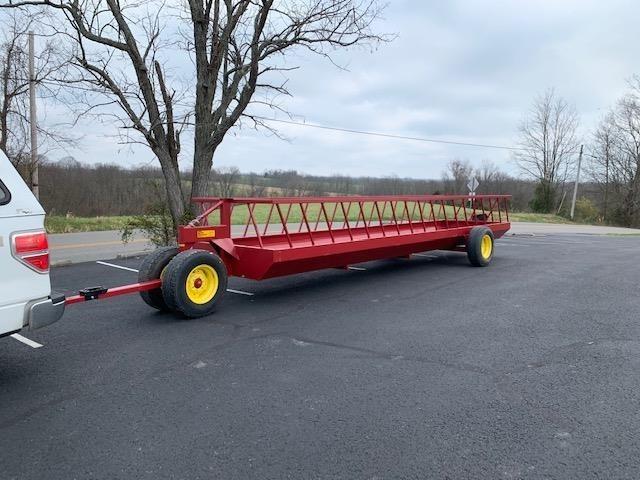 Farmco CF6624D Feed Wagon