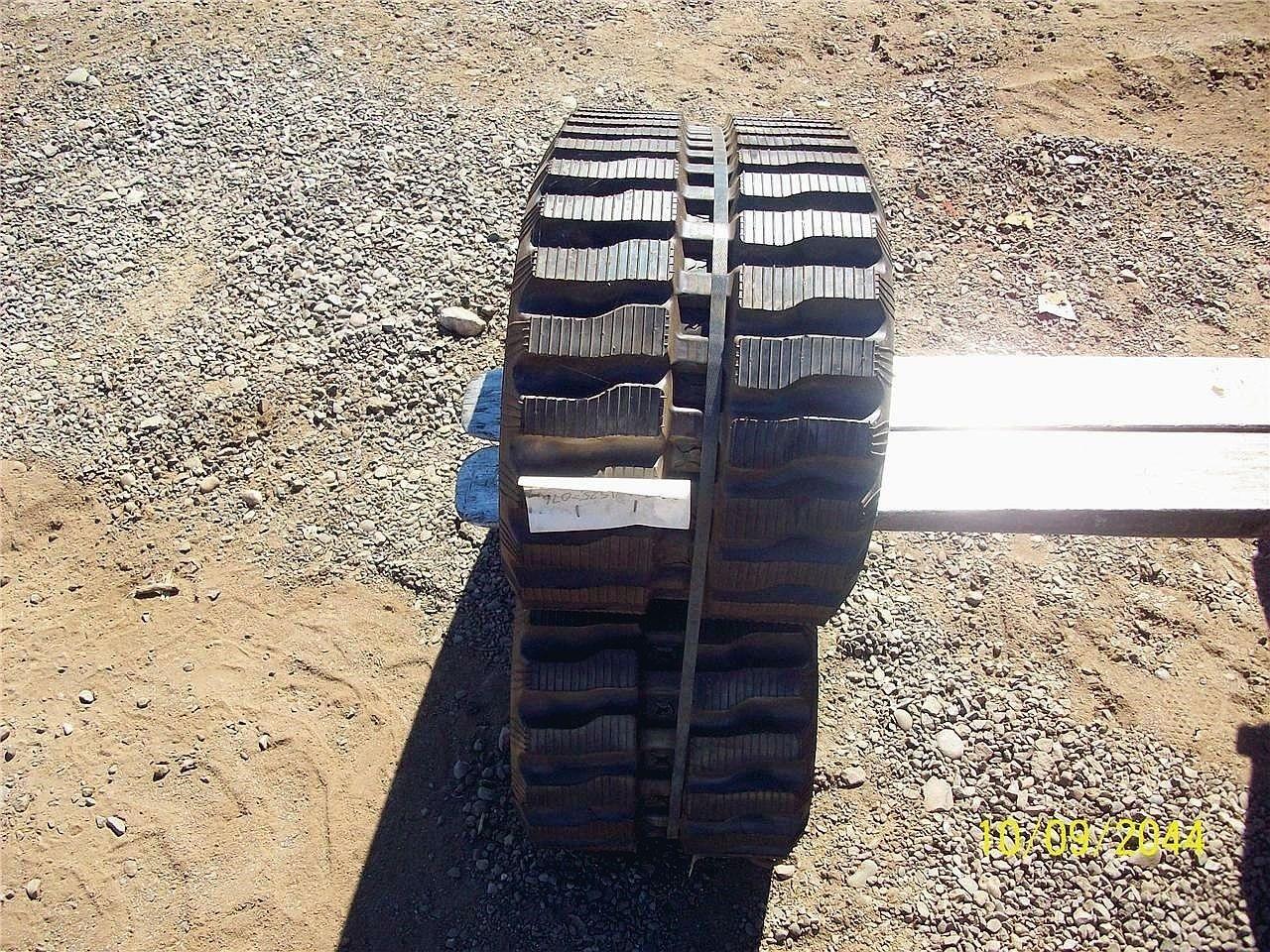 TAERYUK 300X52.5X76 Wheels / Tires / Track