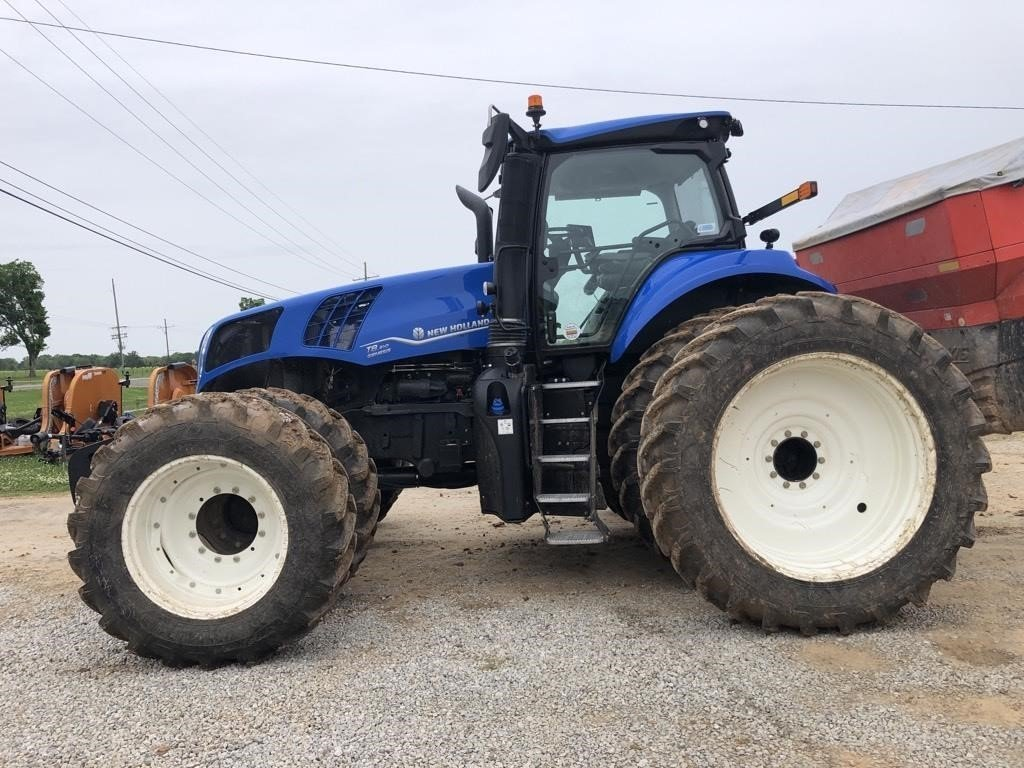 2020 New Holland T8.410 Tractor