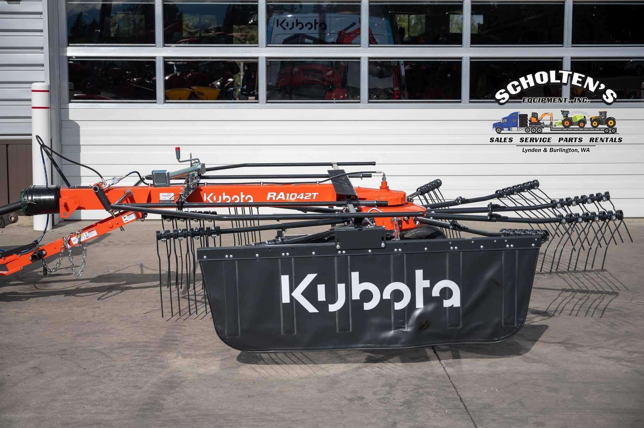 2021 Kubota RA1042T Rake