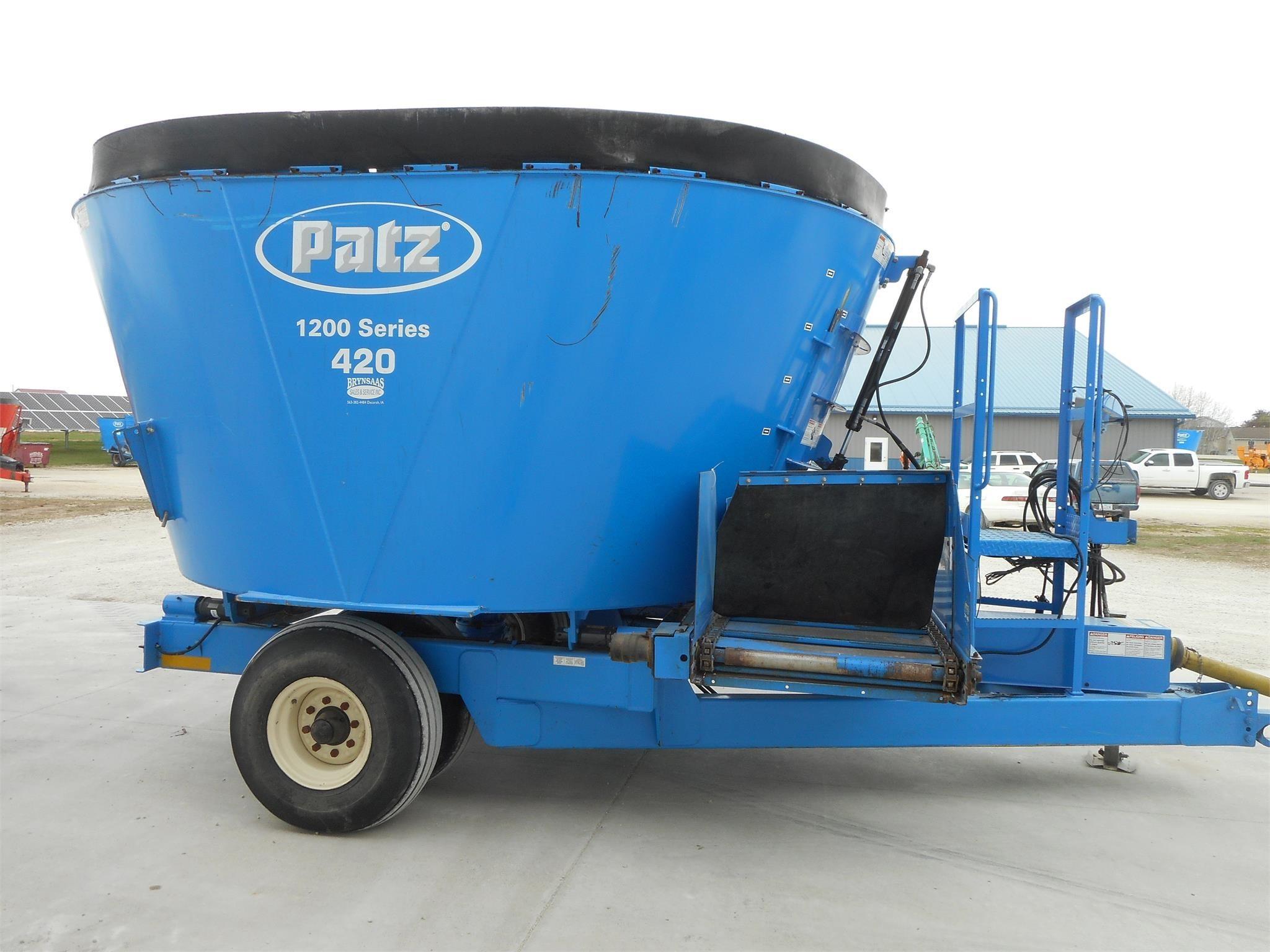 2011 Patz 420 Grinders and Mixer