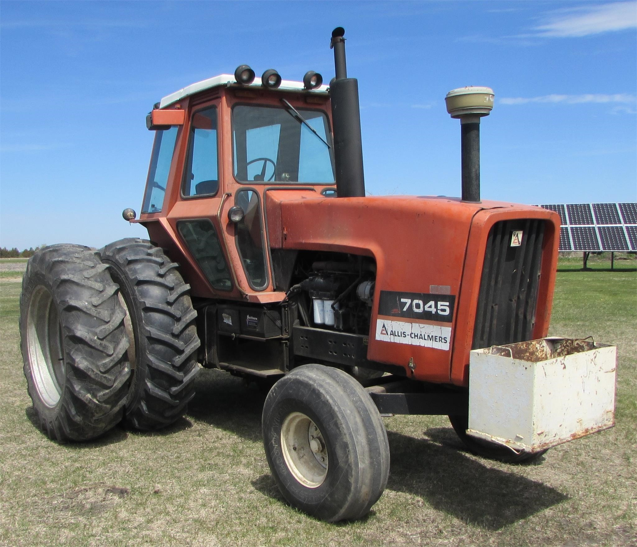 1978 Allis Chalmers 7045 Tractor