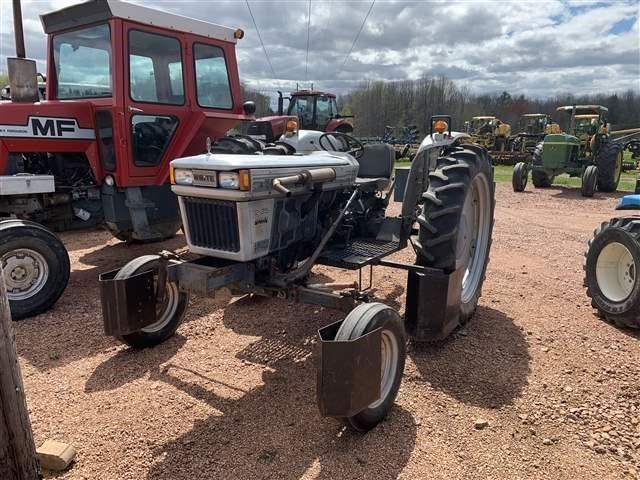 1984 White 2-35 Tractor