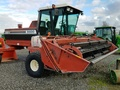 1991 Hesston 8400 Self-Propelled Windrowers and Swather