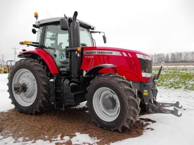 2016 Massey Ferguson 7726 Tractor