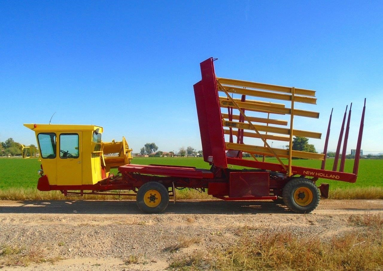 1980 New Holland 1075 Bale Wagons and Trailer