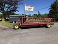 Pequea 520 Feed Wagon