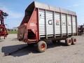 1997 Gehl 980 Forage Wagon