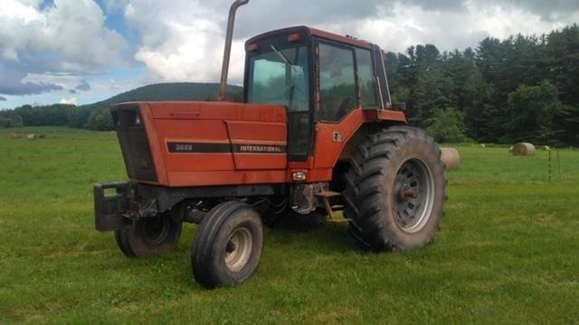 International Harvester 3688 Tractor