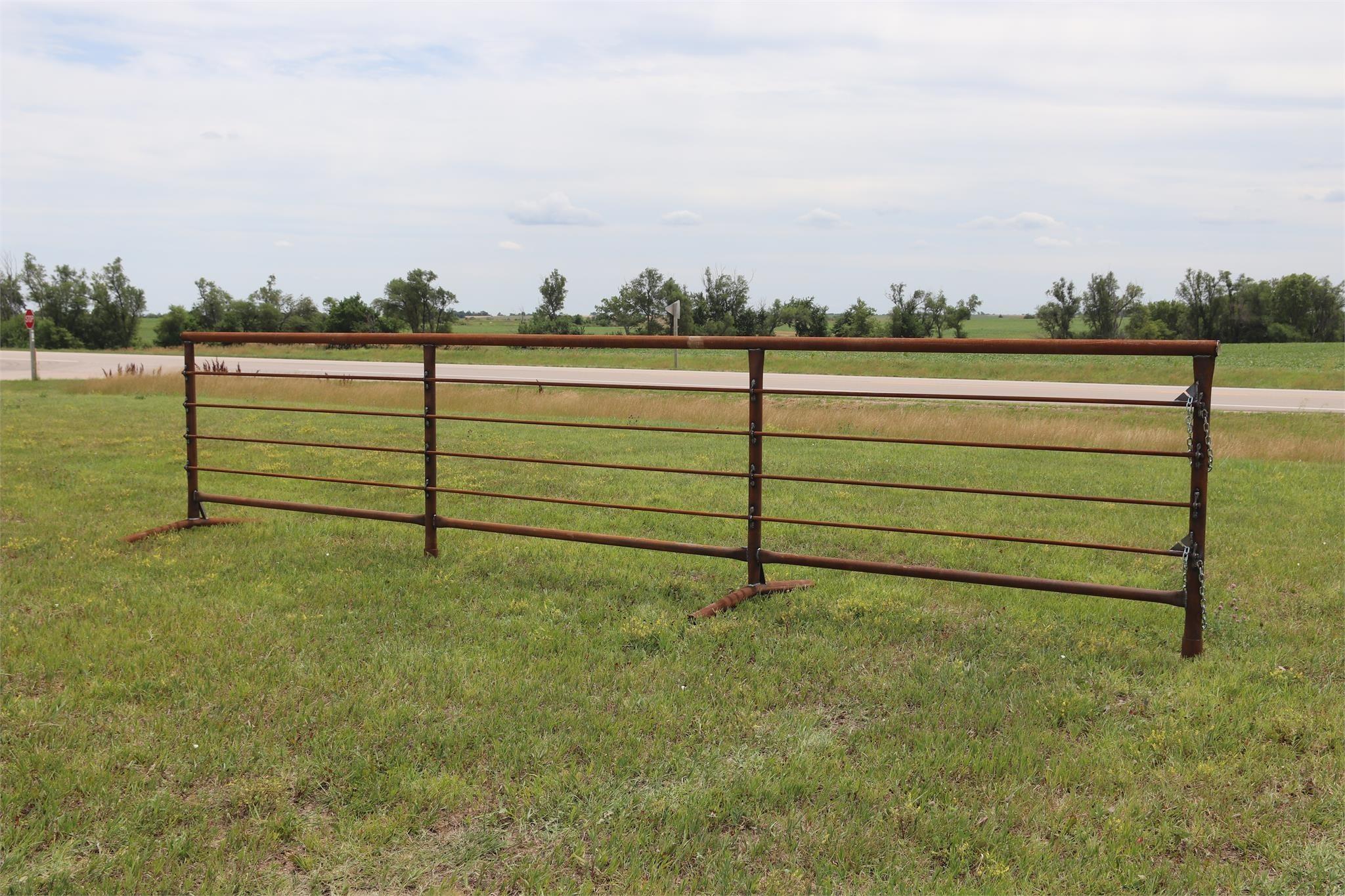 LINN POST & PIPE INC 5X24DBL Cattle Equipment