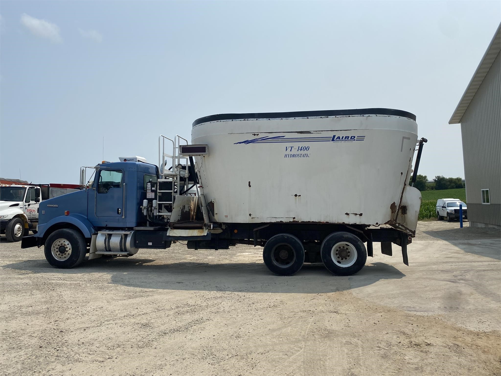 Laird VR1400 Grinders and Mixer