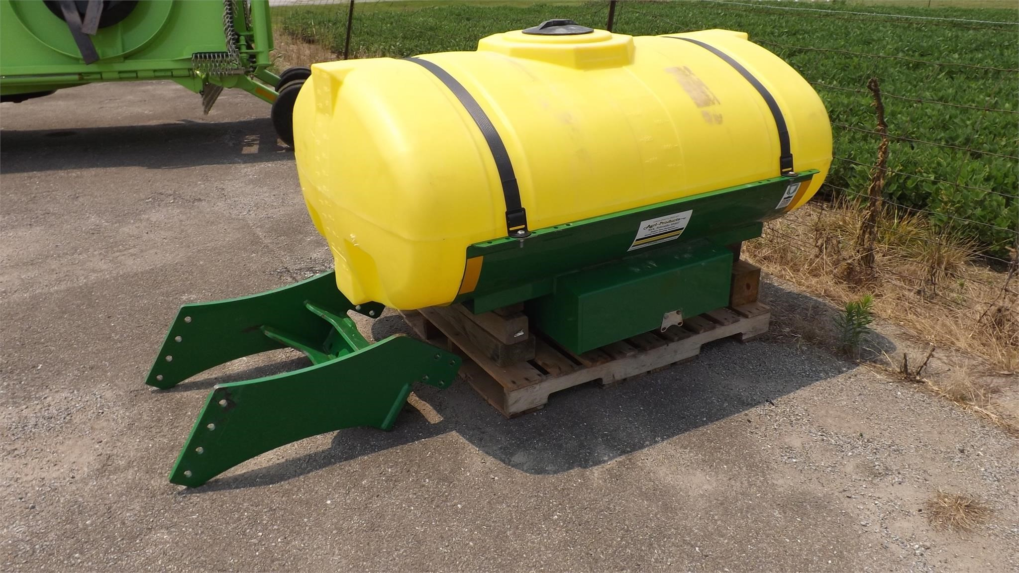 Agri-Products 300 Tank
