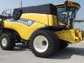 2014 New Holland CR8090 Combine