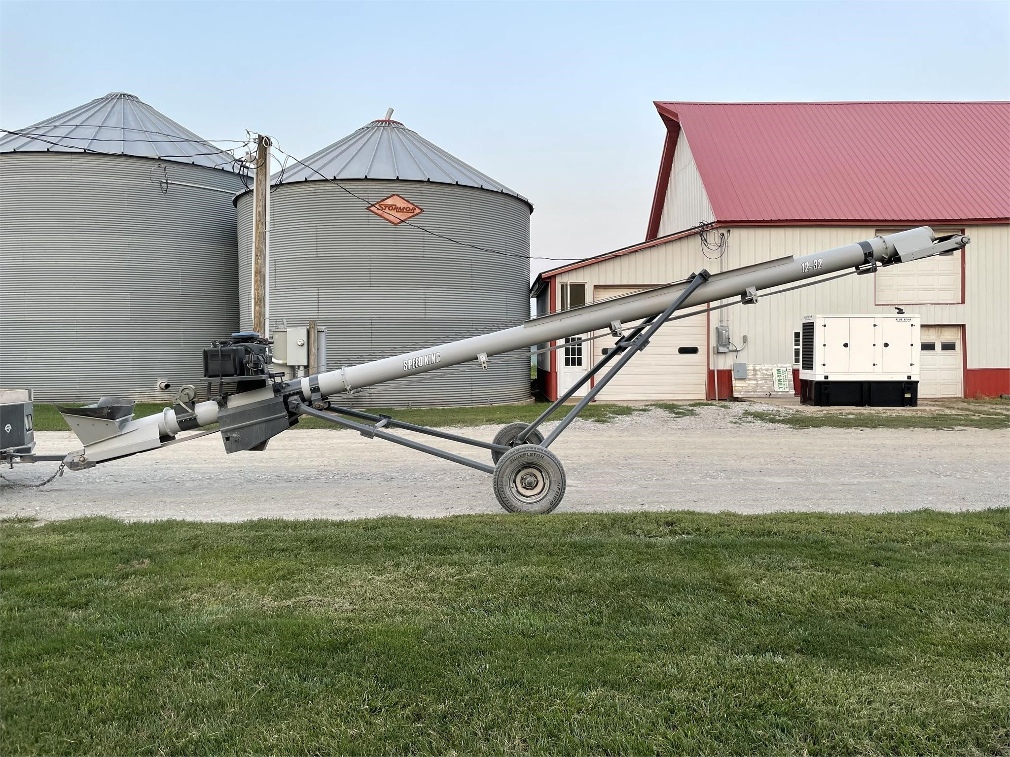 2021 Speed King 12x30 Augers and Conveyor