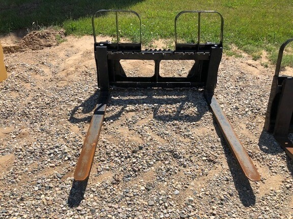 HLA HD4248A0600 Loader and Skid Steer Attachment