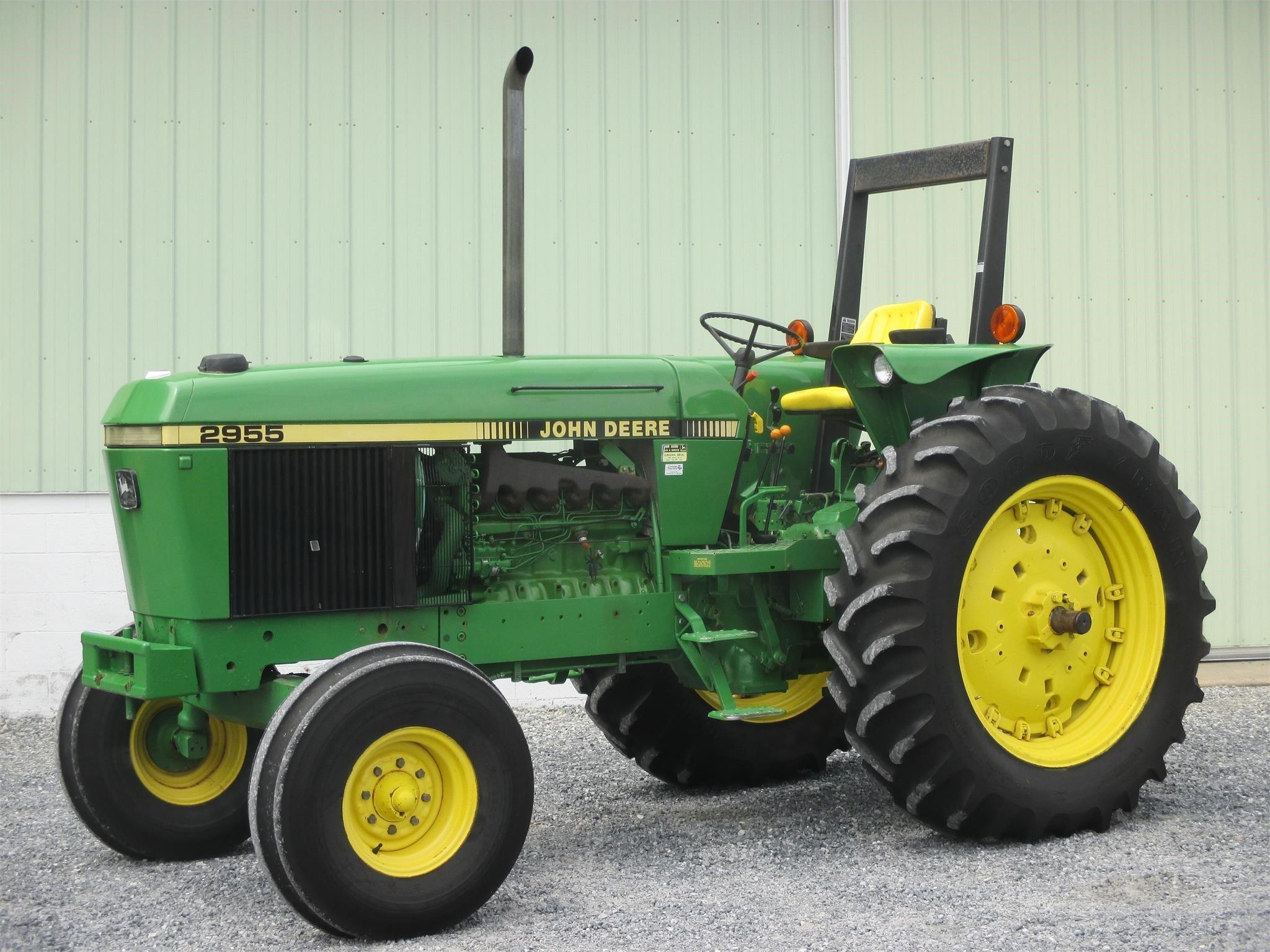 1988 John Deere 2955 Tractor