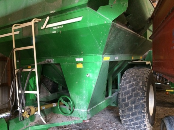 2010 E-Z Trail 510 Grain Cart