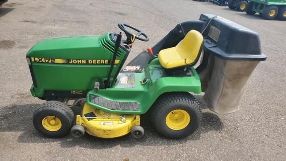 1992 John Deere LX172 Lawn and Garden