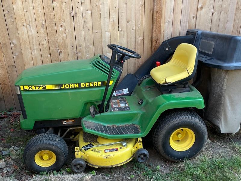 John Deere 173LX