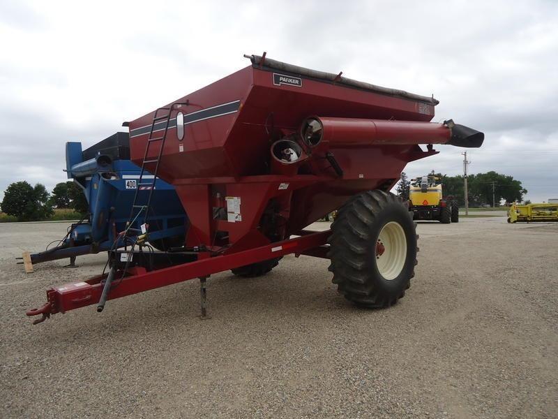 1990 Parker 514 Grain Cart