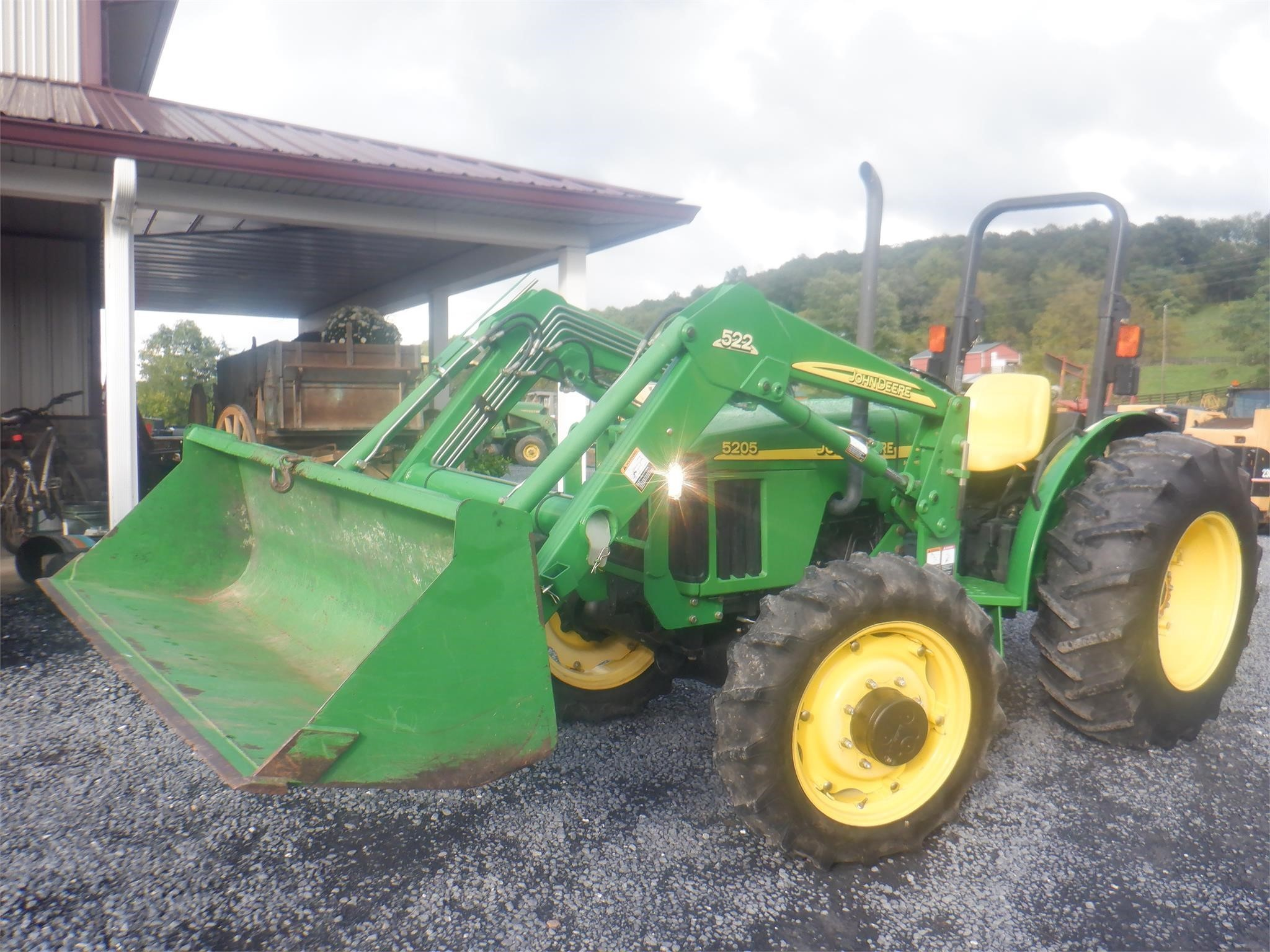 2005 John Deere 5205 Tractor