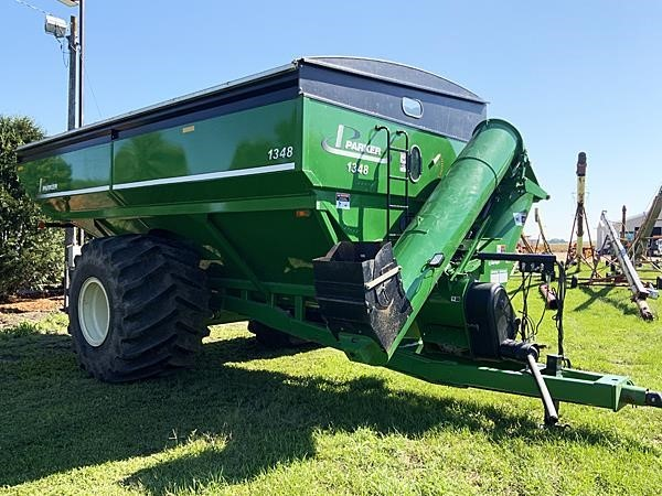 2013 Parker 1348 Grain Cart