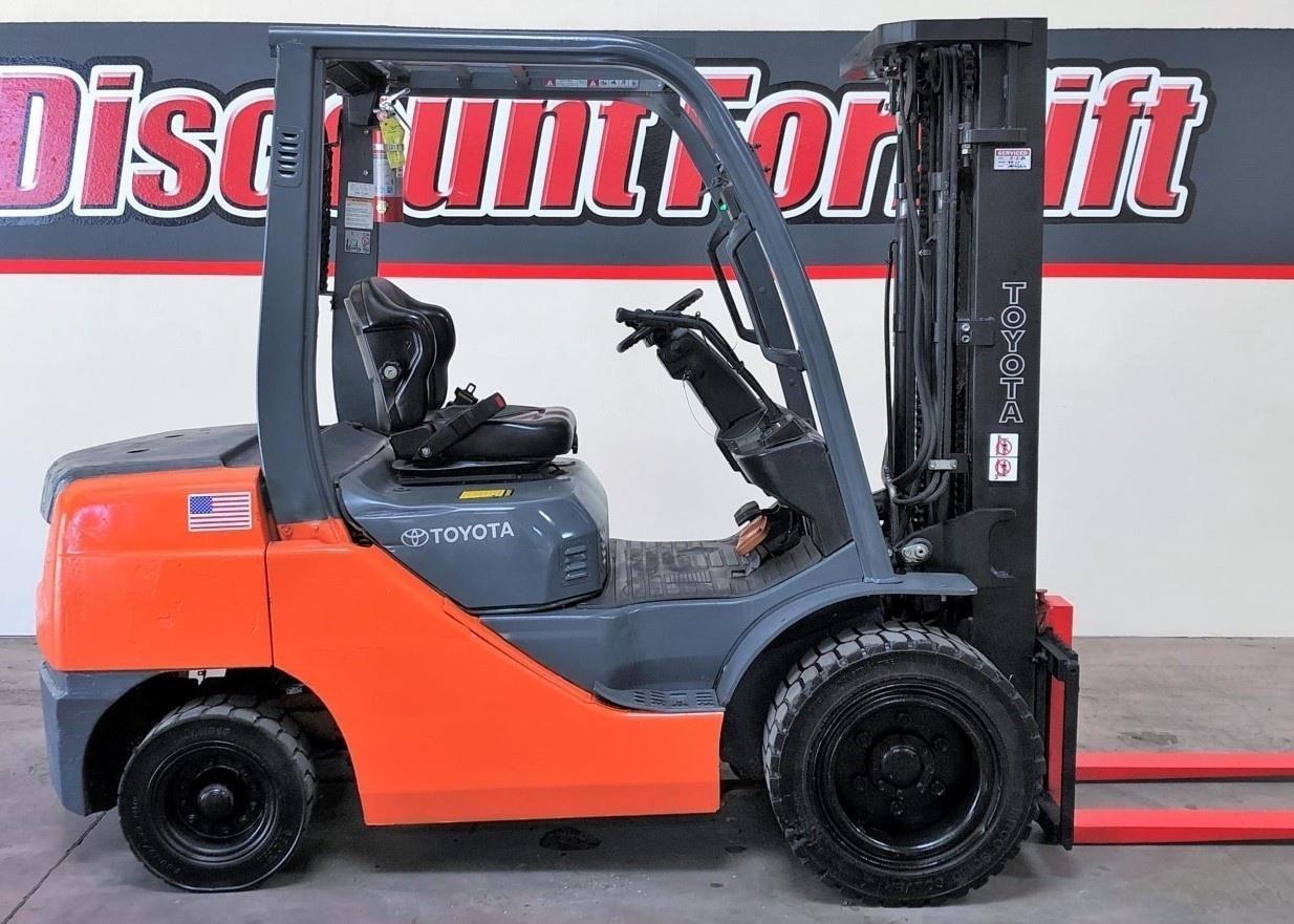 2016 Toyota 8FDU30 Forklift