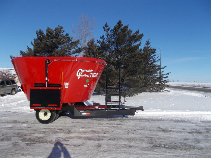 2019 Cloverdale 600T Grinders and Mixer
