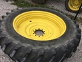 Titan 50x15 Wheels / Tires / Track