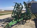 2001 John Deere 980 Field Cultivator