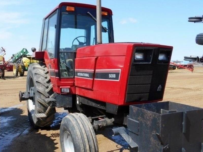 International Harvester 5088 : International harvester tractor pipestone mn