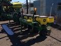 2016 John Deere 1705 Planter