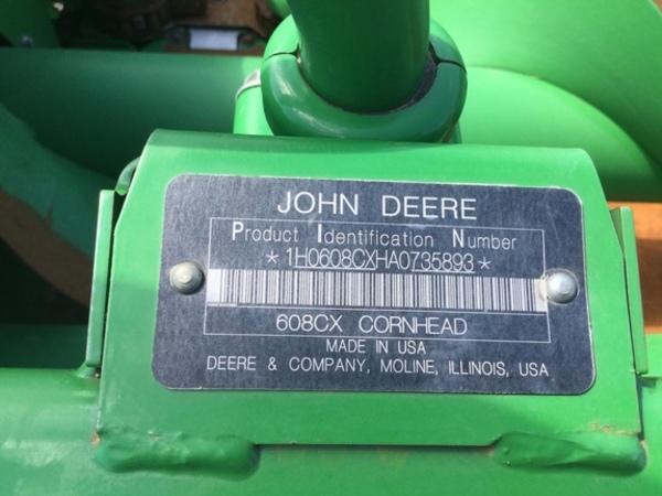 2010 John Deere 608C Corn Head