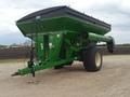 2012 Brent 882 Grain Cart