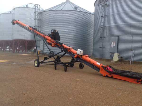 2013 Batco 1545FL Augers and Conveyor