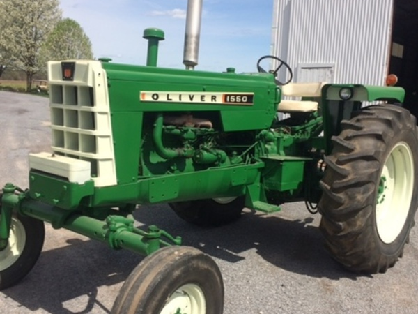 1967 Oliver 1550 Tractor