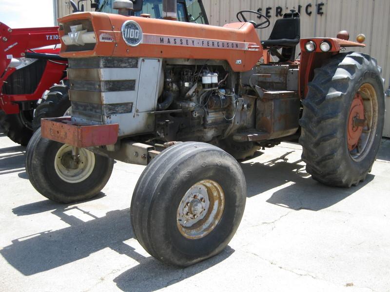 Massey Ferguson 1100 : Massey ferguson tractor holy cross ia machinery pete