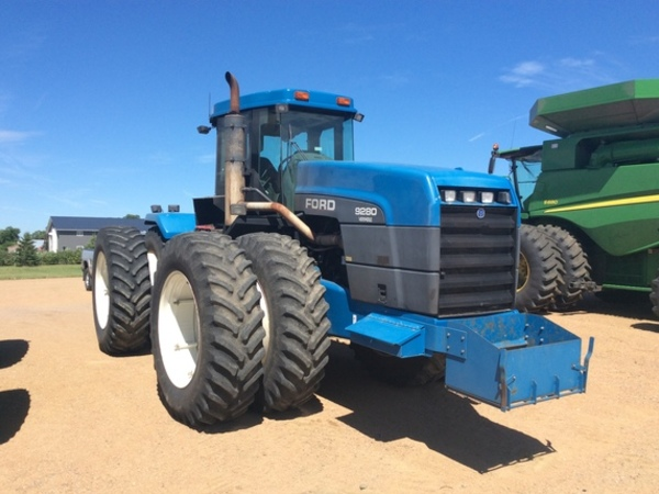 1995 Ford Versatile 9280 Tractor