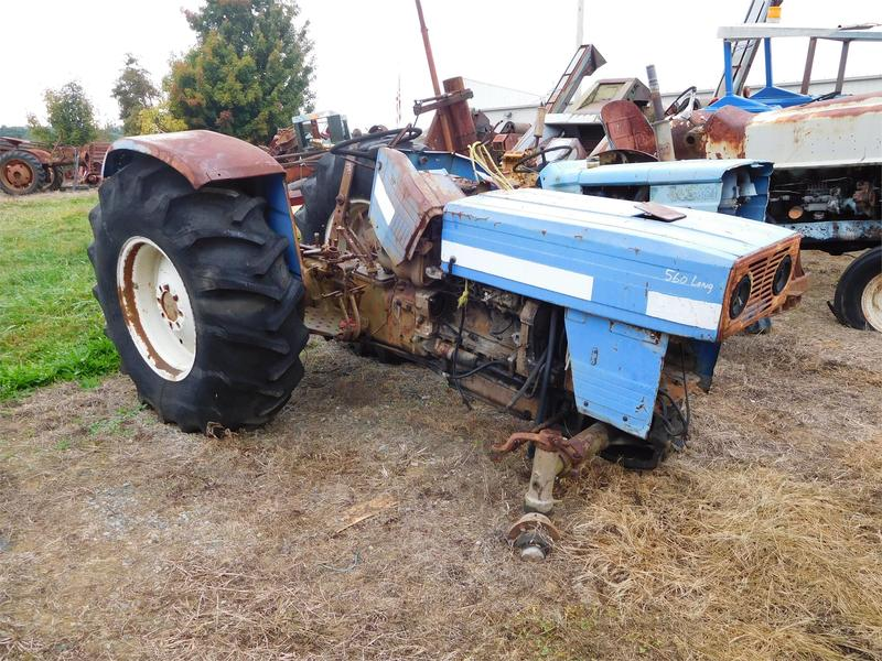 Long 560 Tractor