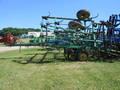 2004 John Deere 980 Field Cultivator