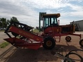 1982 Buhler Versatile 4400 Self-Propelled Windrowers and Swather