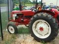 1968 International Harvester 424 Tractor