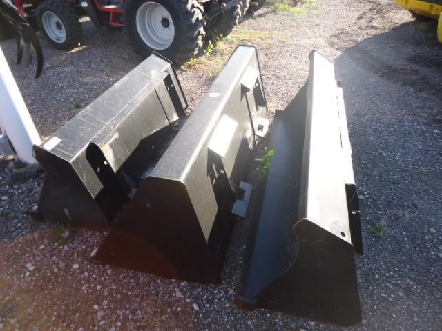 2014 New Holland Material buckets Loader and Skid Steer Attachment
