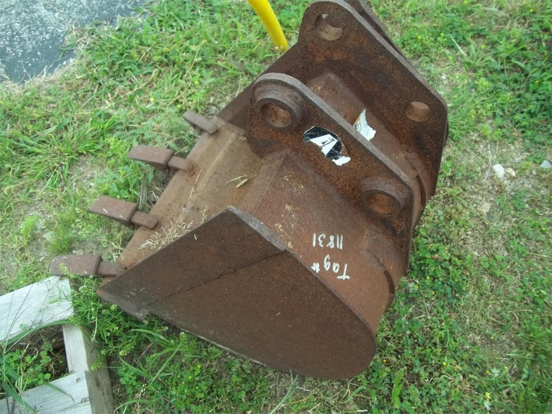 Attachments International GAMNS18 Backhoe and Excavator Attachment