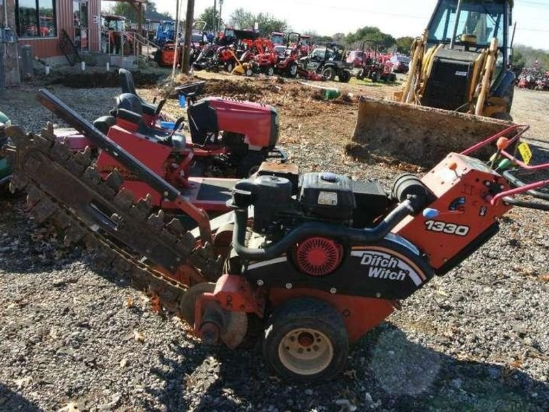 2007 Ditch Witch 1330 Trencher
