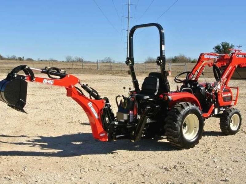 2017 Branson 2400 Tractor