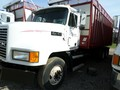 2004 Meyer 8122 Forage Wagon
